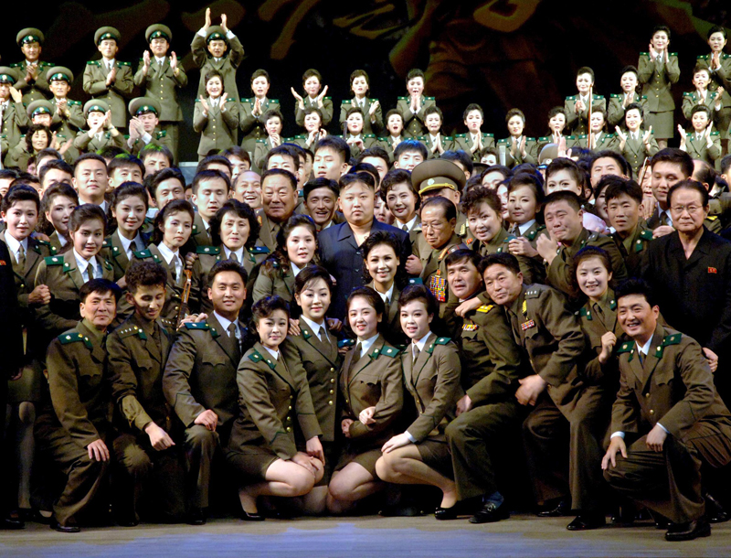 8-kimju-witharmies.jpg