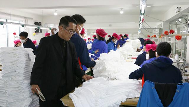 라진선봉-무역옷공장.jpg