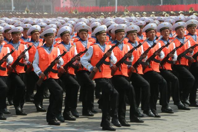 방북74-열병식-육해공08.jpg