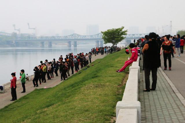 방북74-대동강변아침03.jpg