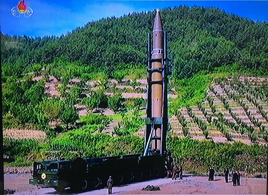 북 미사일발사03.JPG