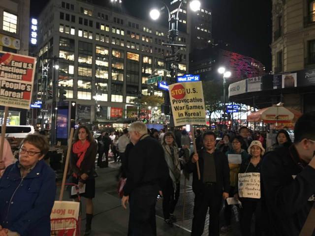 뉴욕-트럼프반대시위05.jpg