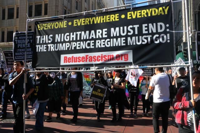 트럼프반대-다운타운진보시위01.jpg