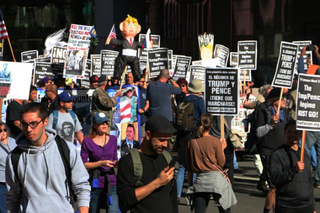 트럼프반대-다운타운진보시위03.jpg