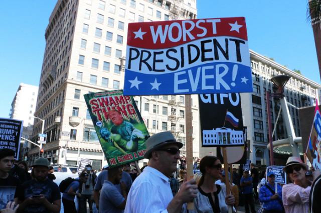 트럼프반대-다운타운진보시위06.jpg