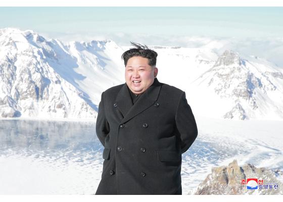 김정은-백두산.jpg