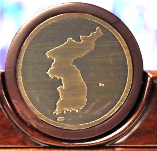 남북정상회담-탁상2018미리미터 제작01.jpg
