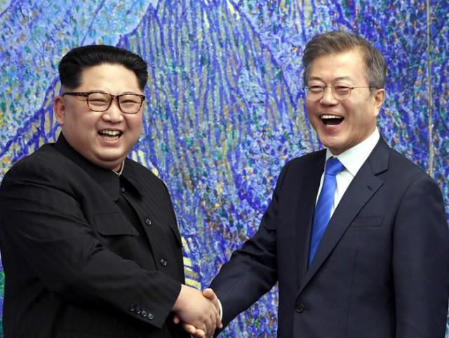 남북정상회담-함박웃음01.jpg