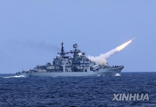 러시아훈사훈련-중국미사일훈련.jpg