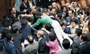 남한정치권-싸움02.jpg