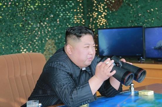 김정은동해상훈련지도20190504-001.jpg