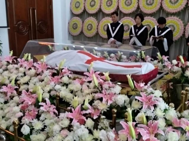 이학유장례식.JPG