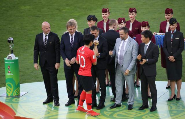 월드컵u20-이강인최우수상02.jpg