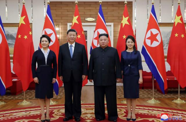 김정은-시진핑환담02.jpg