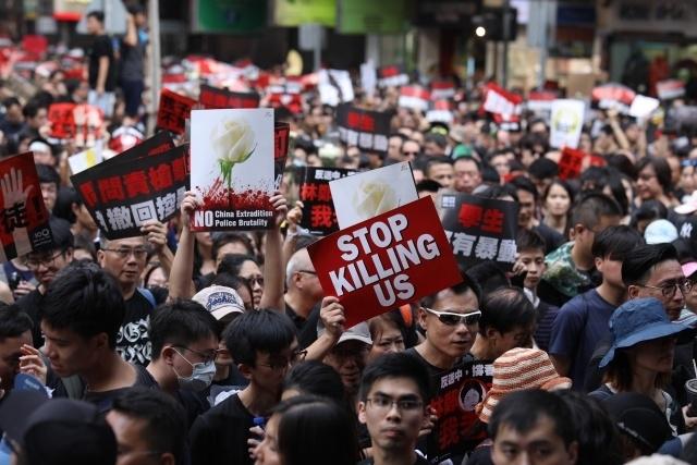 홍콩시위0612-2019.jpg