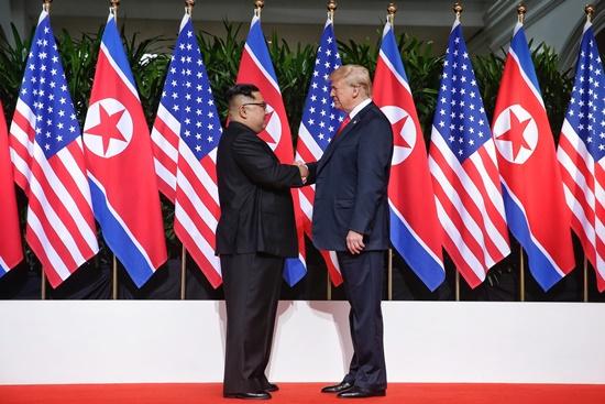 김정은-트럼프싱가폴정상회담.jpg