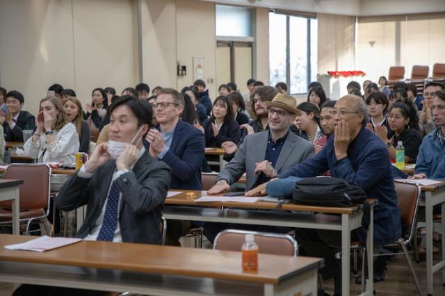 정기열 교수 국제학생교류 사진2.jpg